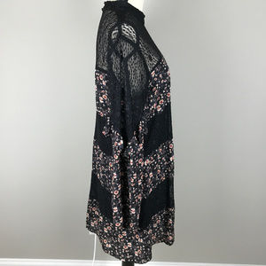 City Triangles Dresses - Women's City Triangle Dress Black and Floral XL